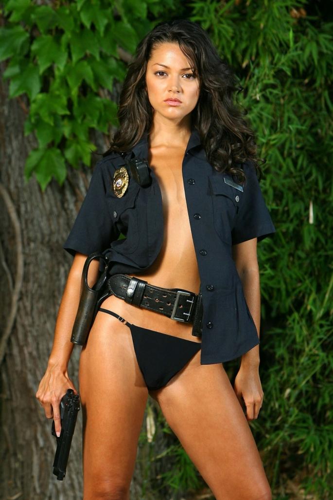 Paula Garces Bikini (1).jpg