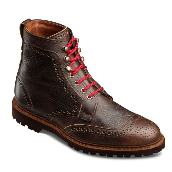 wingtip-boots-red-strings