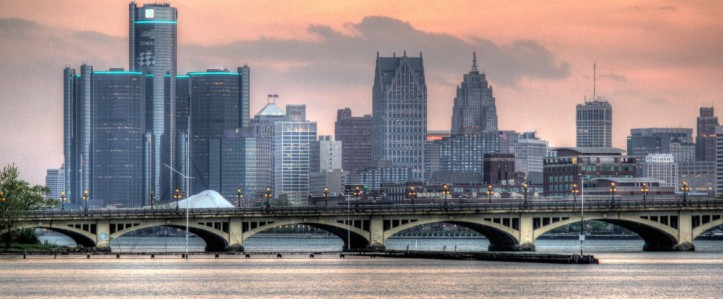 detroit-from-a-distants